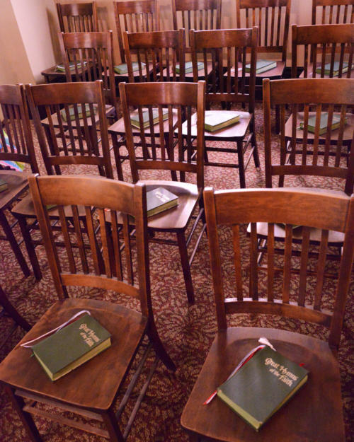 chairs-with-bibles-960-1200